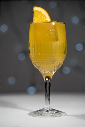 BEV001 - 0% White Wine Sangria